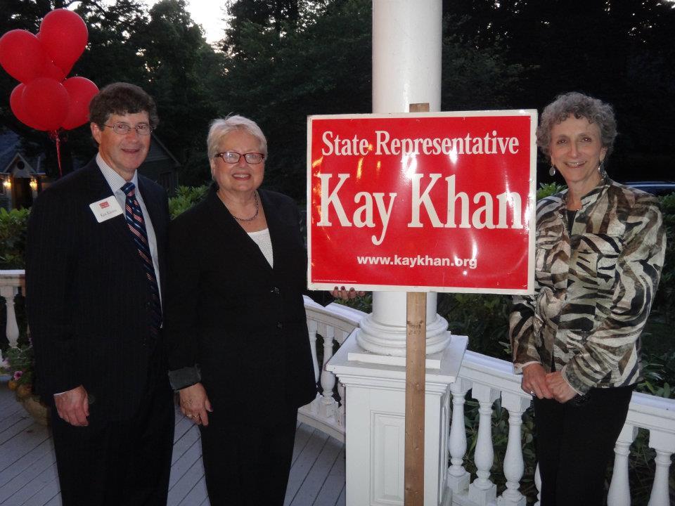 Khan quiety kicks off campaign rematch vs. Swiston